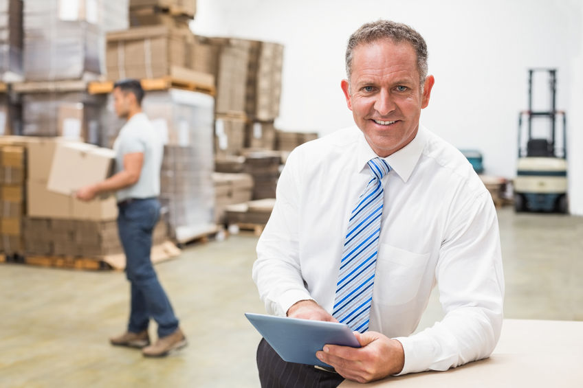 CAPTAINS LOGISTICS. MICHIGAN'S PREMIER COMPANY IN CROSS-DOCKING AND WAREHOUSING SOLUTIONS FOR YOUR PRODUCT CHAIN. WE MOVE FREIGHT FROM ONE TRUCK TO ANOTHER IN OUR WAREHOUSE, MAXIMIZING HOW YOU SHIP QUANTITIES TO YOU OWN CUSTOMERS AND SAVING YOU LABOR COSTS AT THE SAME TIME. CALL US AT 586.221.9019.